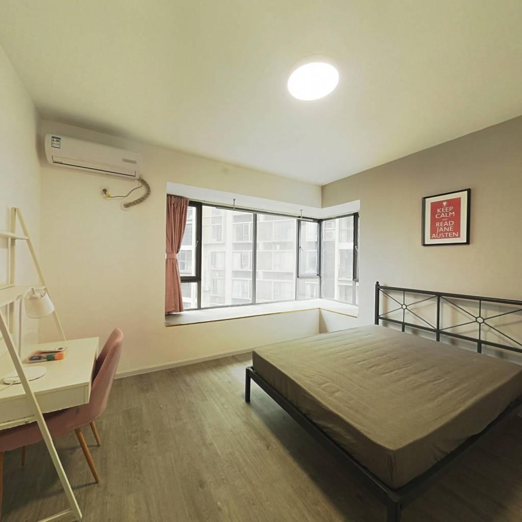 合租·凯华丽景 5室1厅 北卧室图
