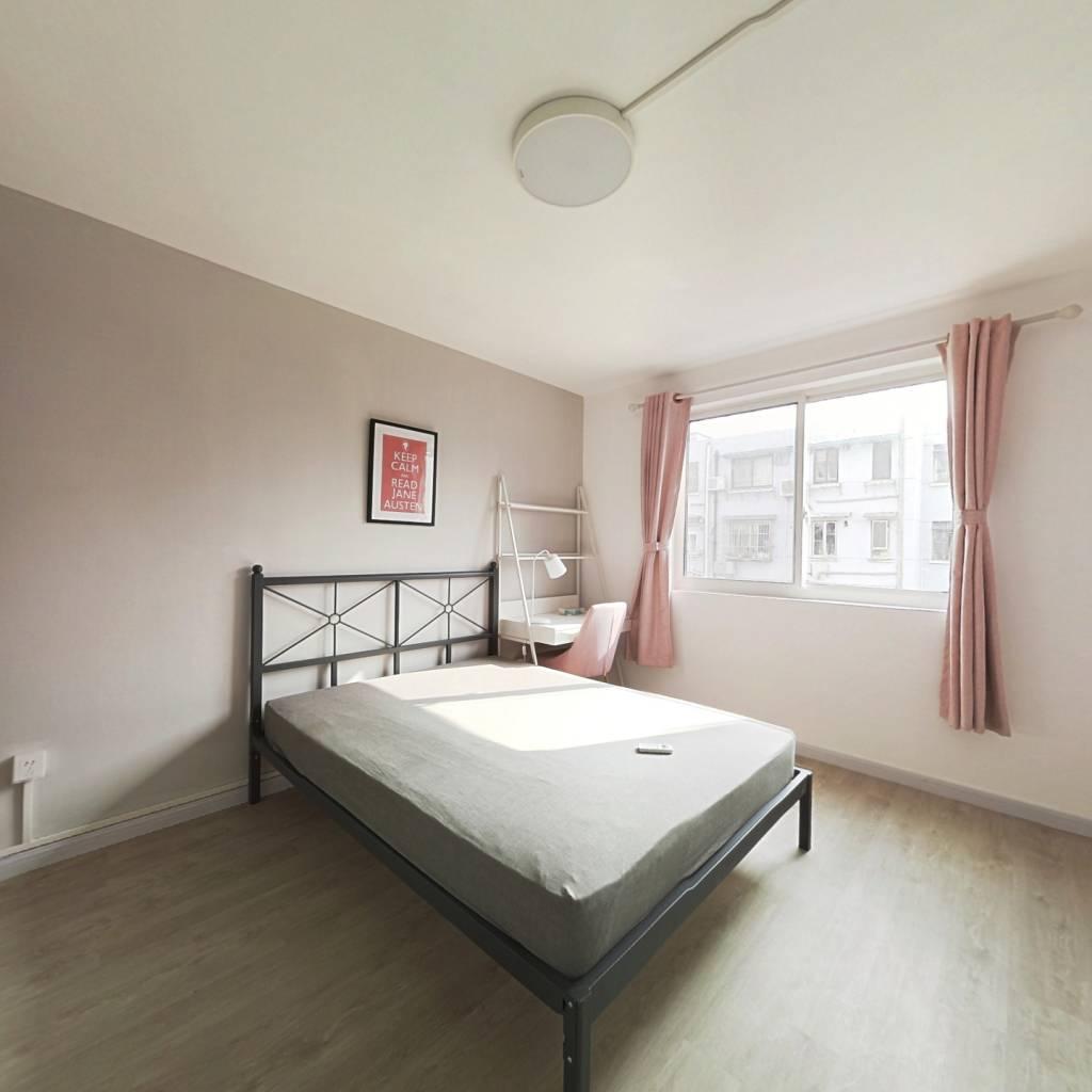 合租·益华小区 3室1厅 北卧室图