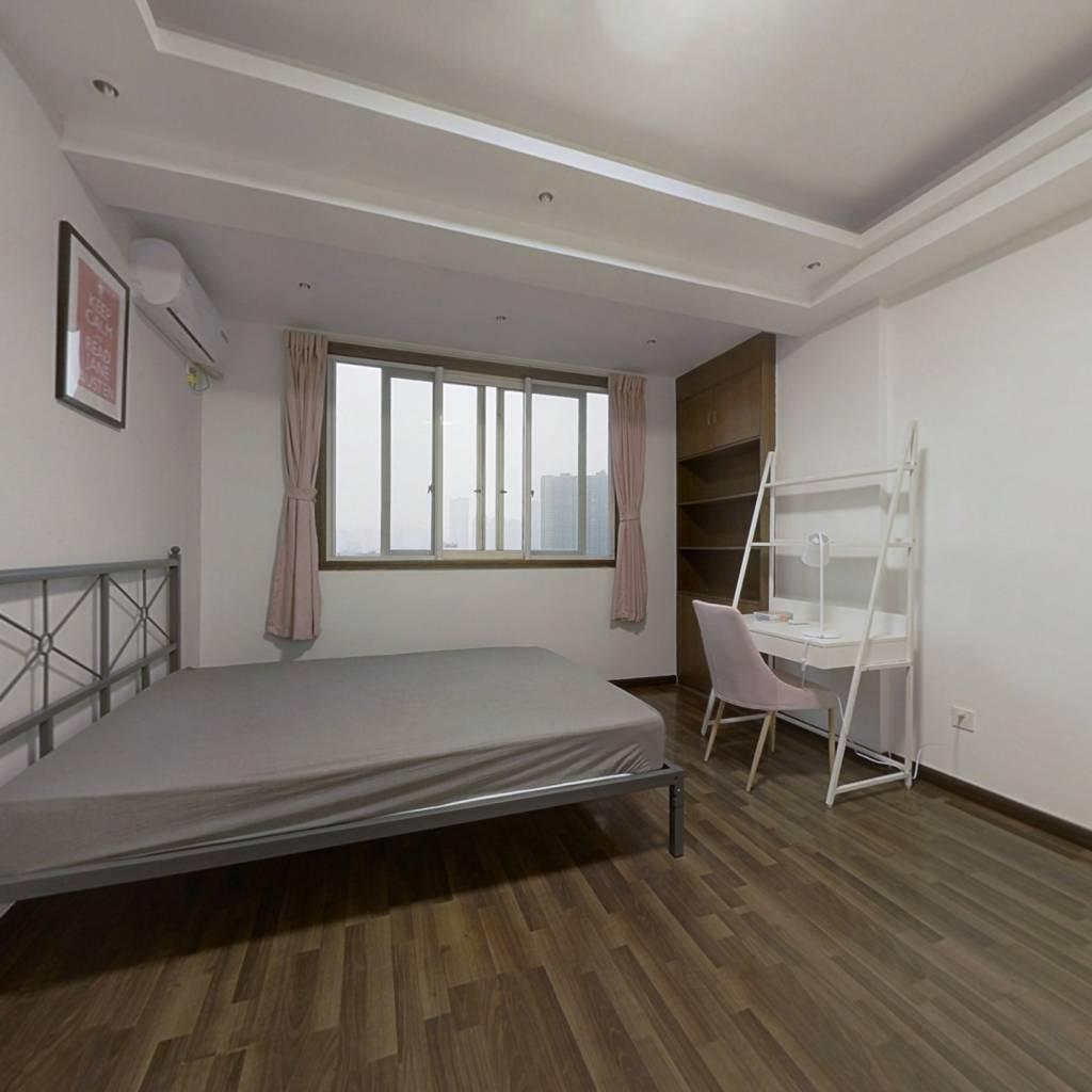 合租·人和逸景 3室1厅 南卧室图