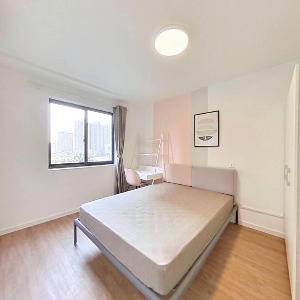 合租·和欣家园 3室1厅 南卧室图