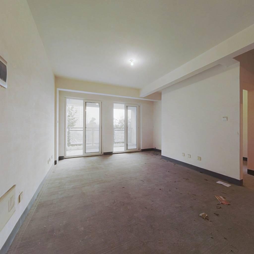 整租·和泓东28 3室1厅 南