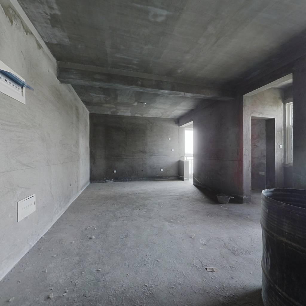 翡翠华庭-一室一厅-视野开阔明亮