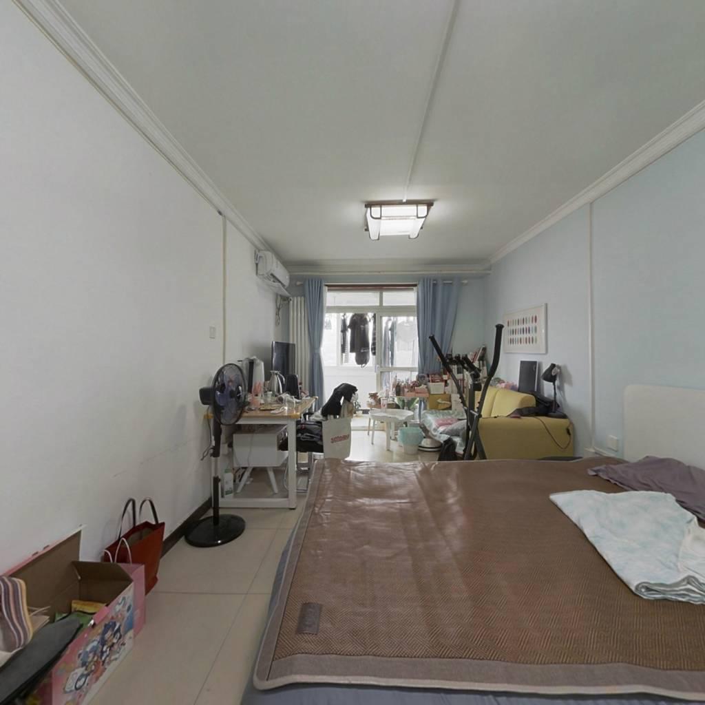 电信小区低总价一居室满五年唯一商品房