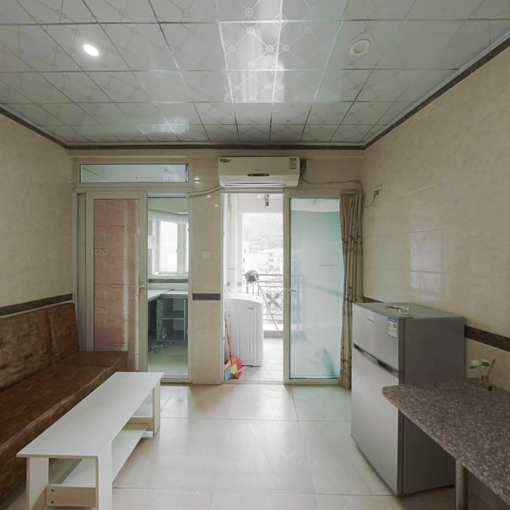 电梯房单身公寓,拎包入住,视野开阔