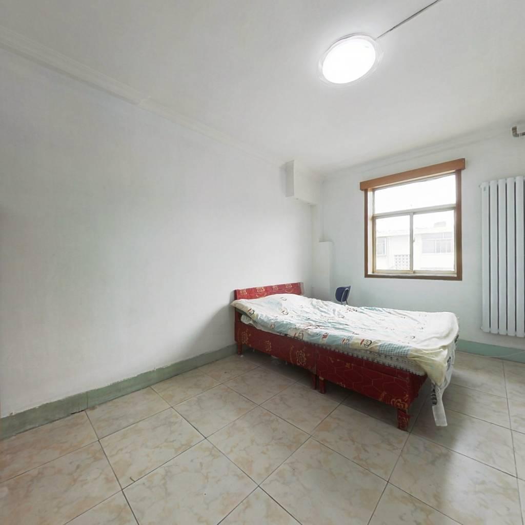 玉函路北段单位宿舍 两室朝阳 双气齐全