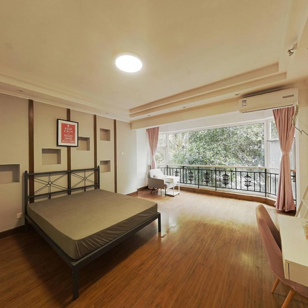 合租·牡丹名邸 4室1厅 南卧室图