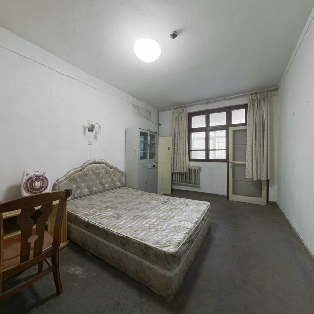 芳林北社区 1室1厅 东 西
