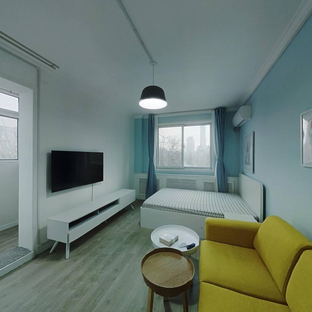整租·团结湖北里 2室1厅 东北卧室图