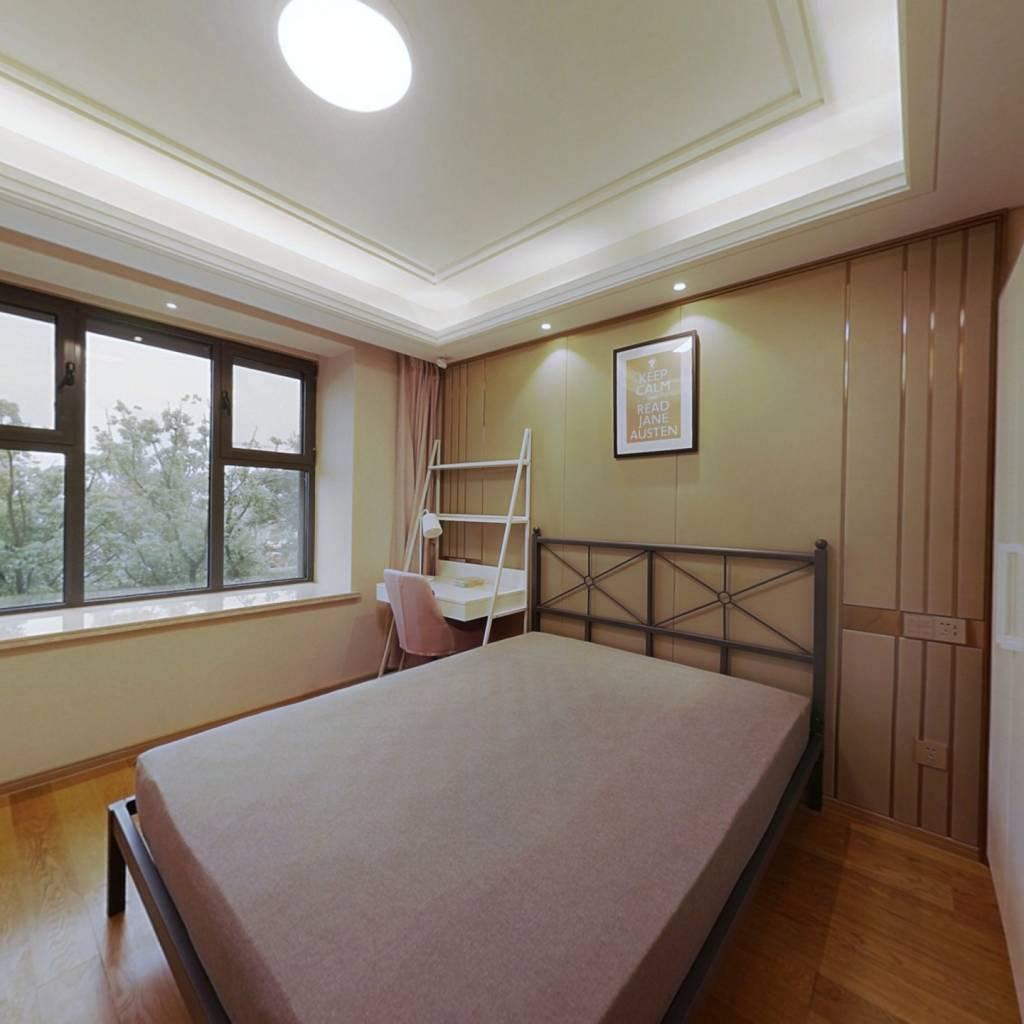 合租·绿地玉晖 4室1厅 南卧室图