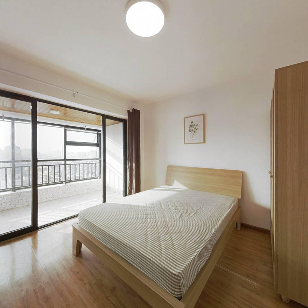 合租·富丽碧蔓汀 4室1厅 西卧室图
