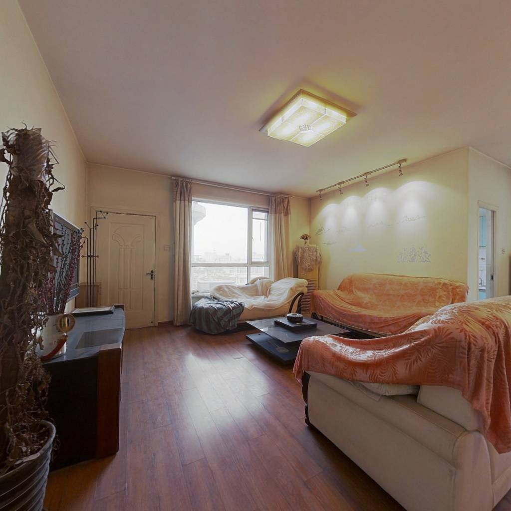 博雅庄园4室2厅2卫177平355万