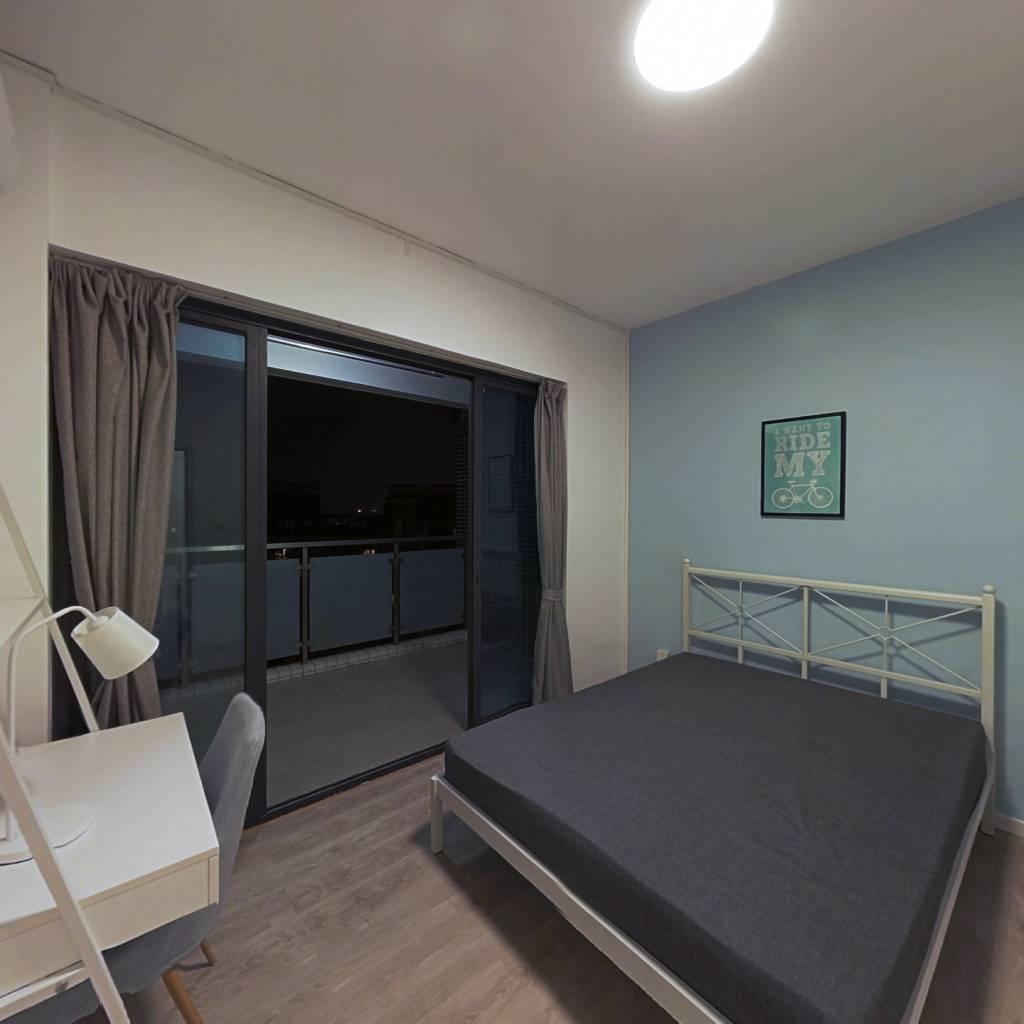 合租·富基广场 4室1厅 北卧室图