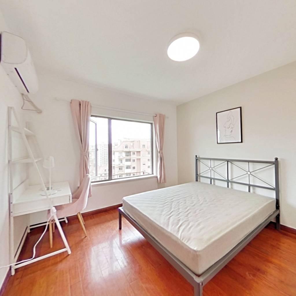 合租·保利金爵公寓 4室1厅 北卧室图