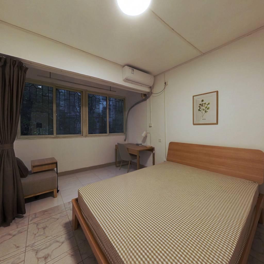 合租·穗东花园 3室1厅 北卧室图