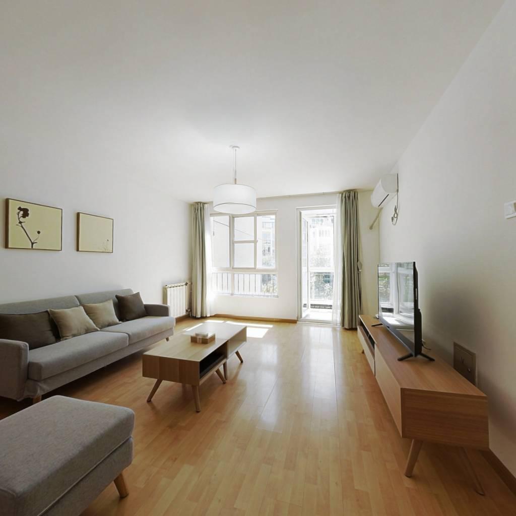 整租·龙泽苑东区 2室1厅 南卧室图