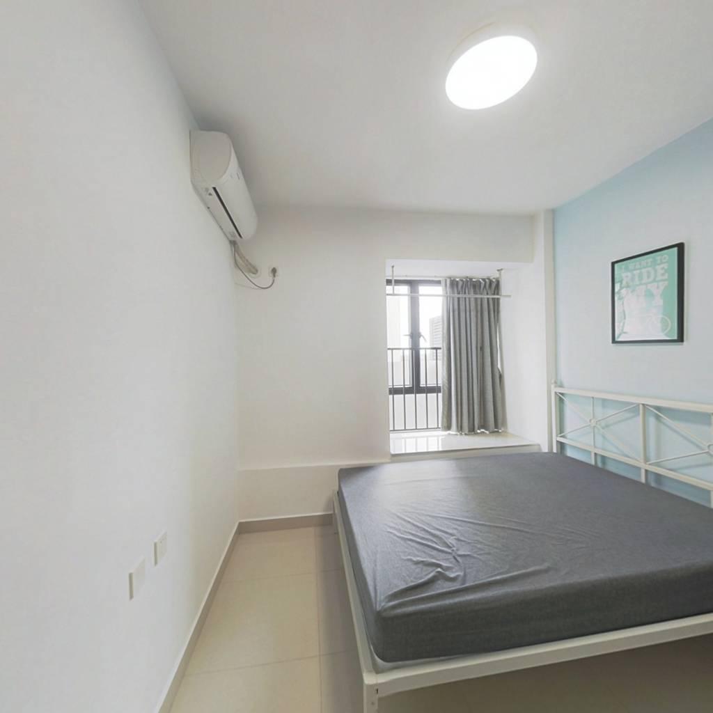 合租·豫章苑 4室1厅 北卧室图
