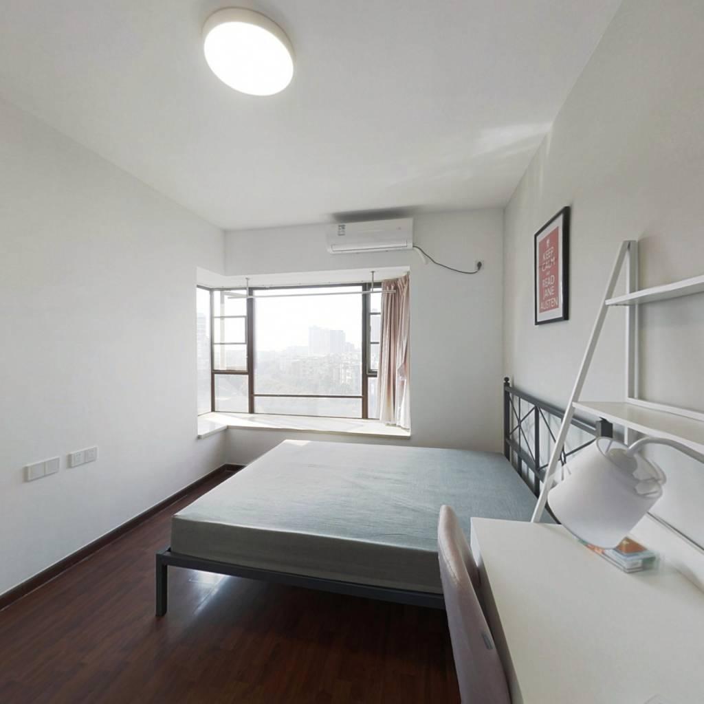 合租·时代廊桥 4室1厅 南卧室图