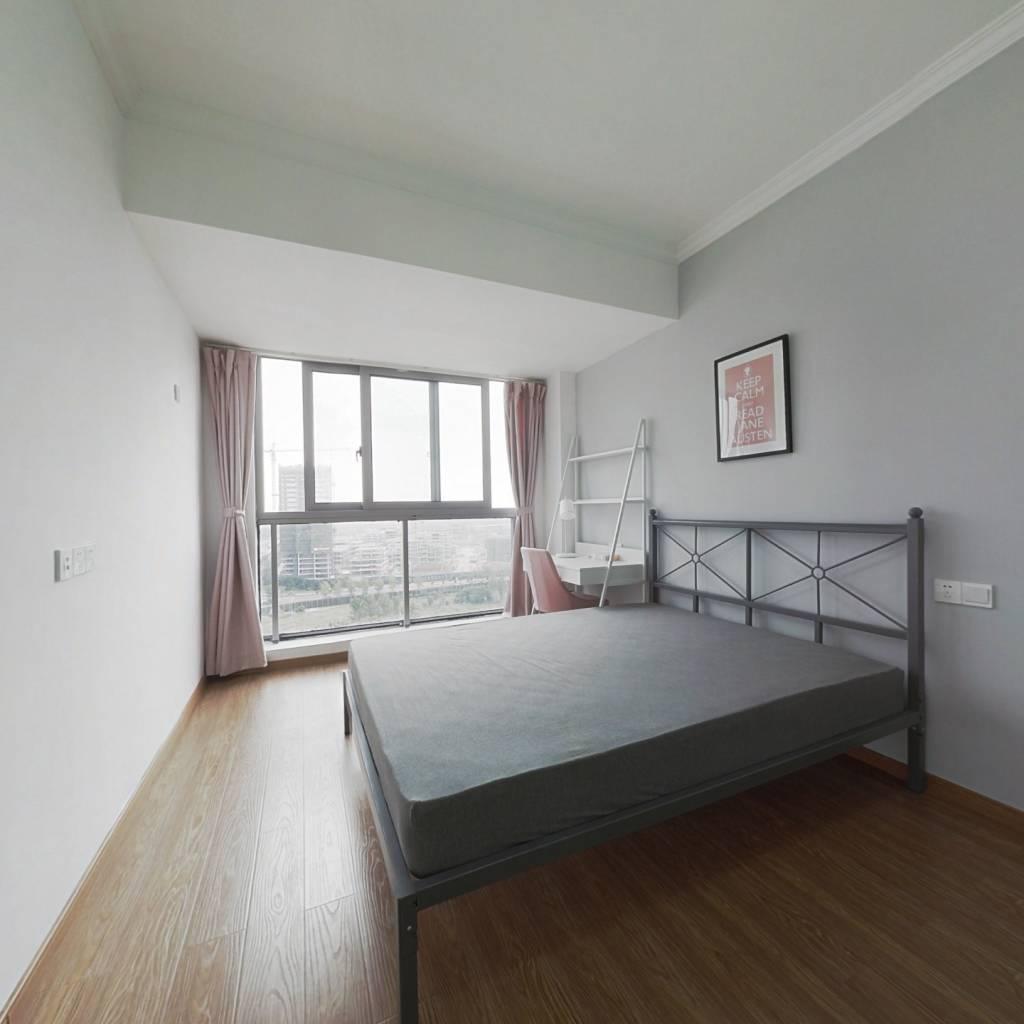 合租·艺尚里 4室1厅 南卧室图