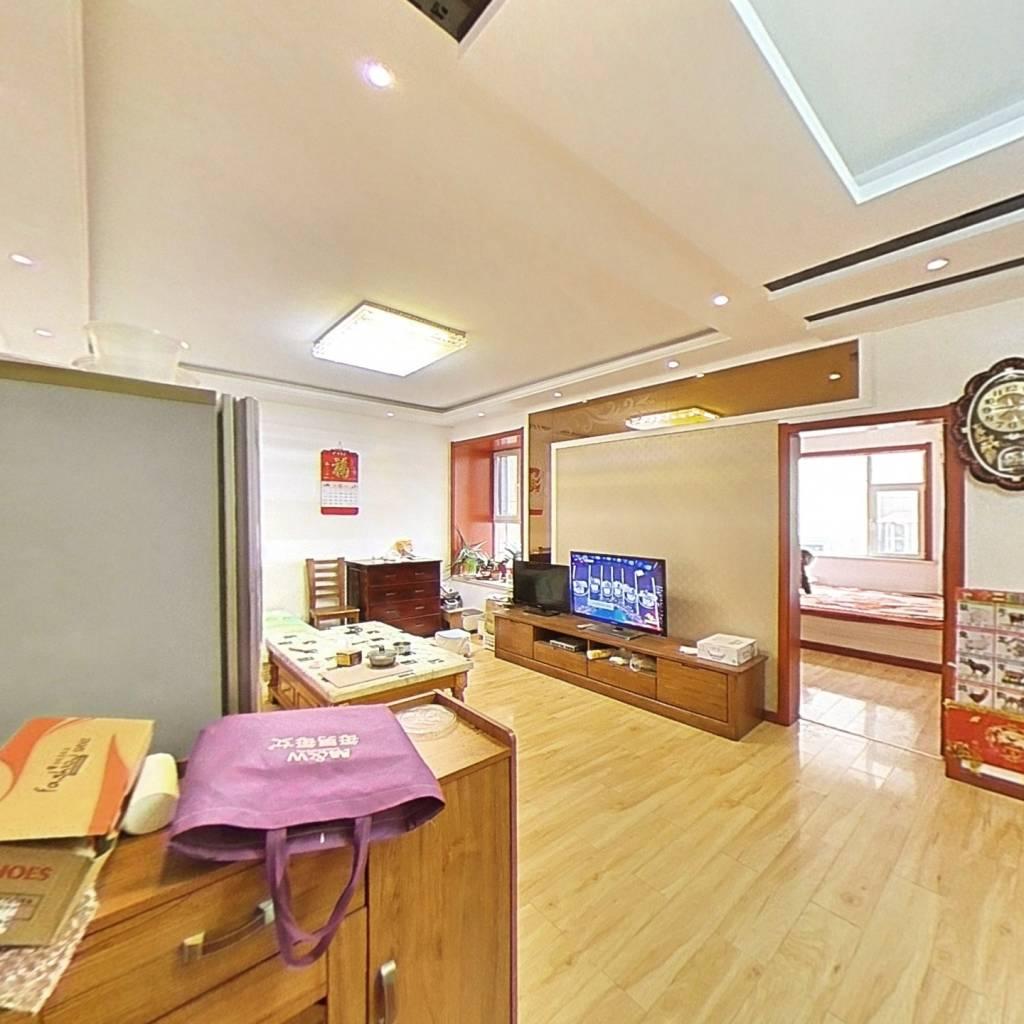 文苑街 体育公园紫东国际 精装两室 有车位 拎包入住