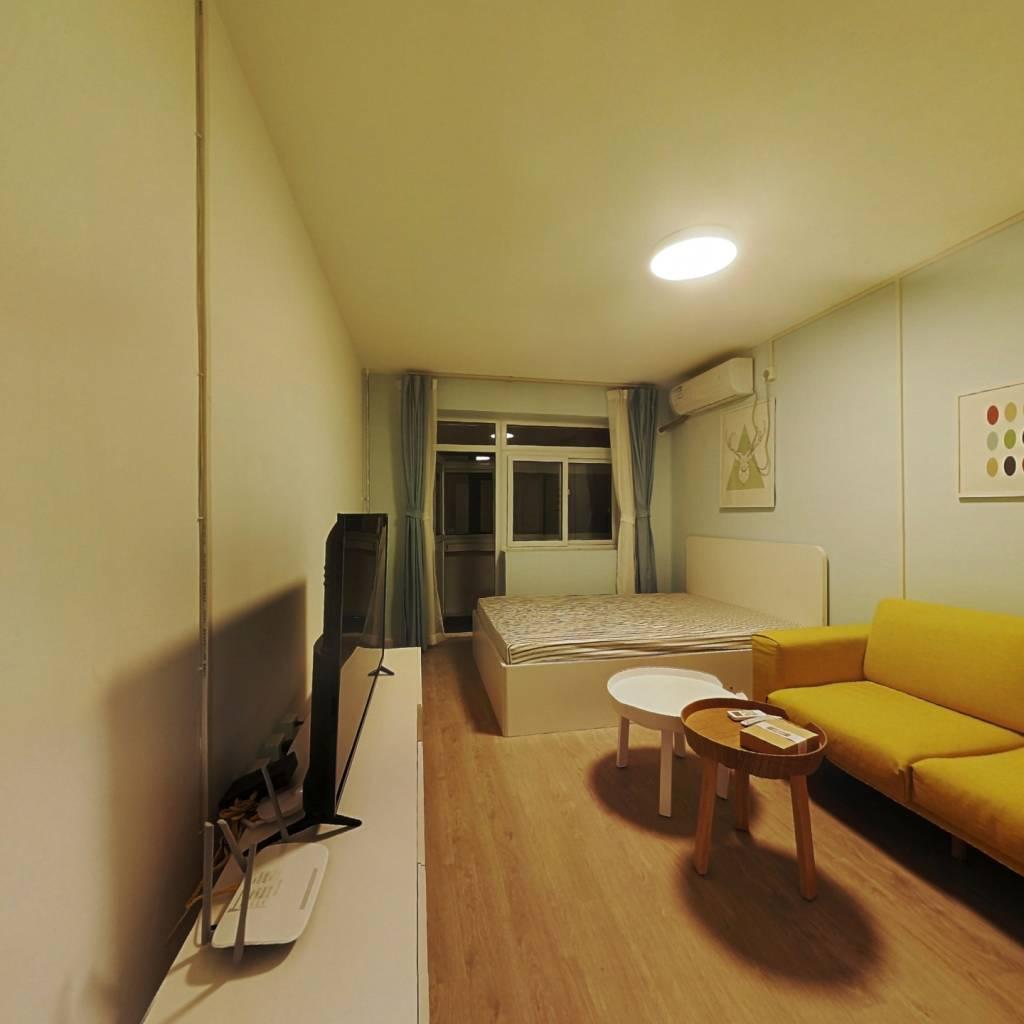 整租·六里桥北里 2室1厅 南卧室图