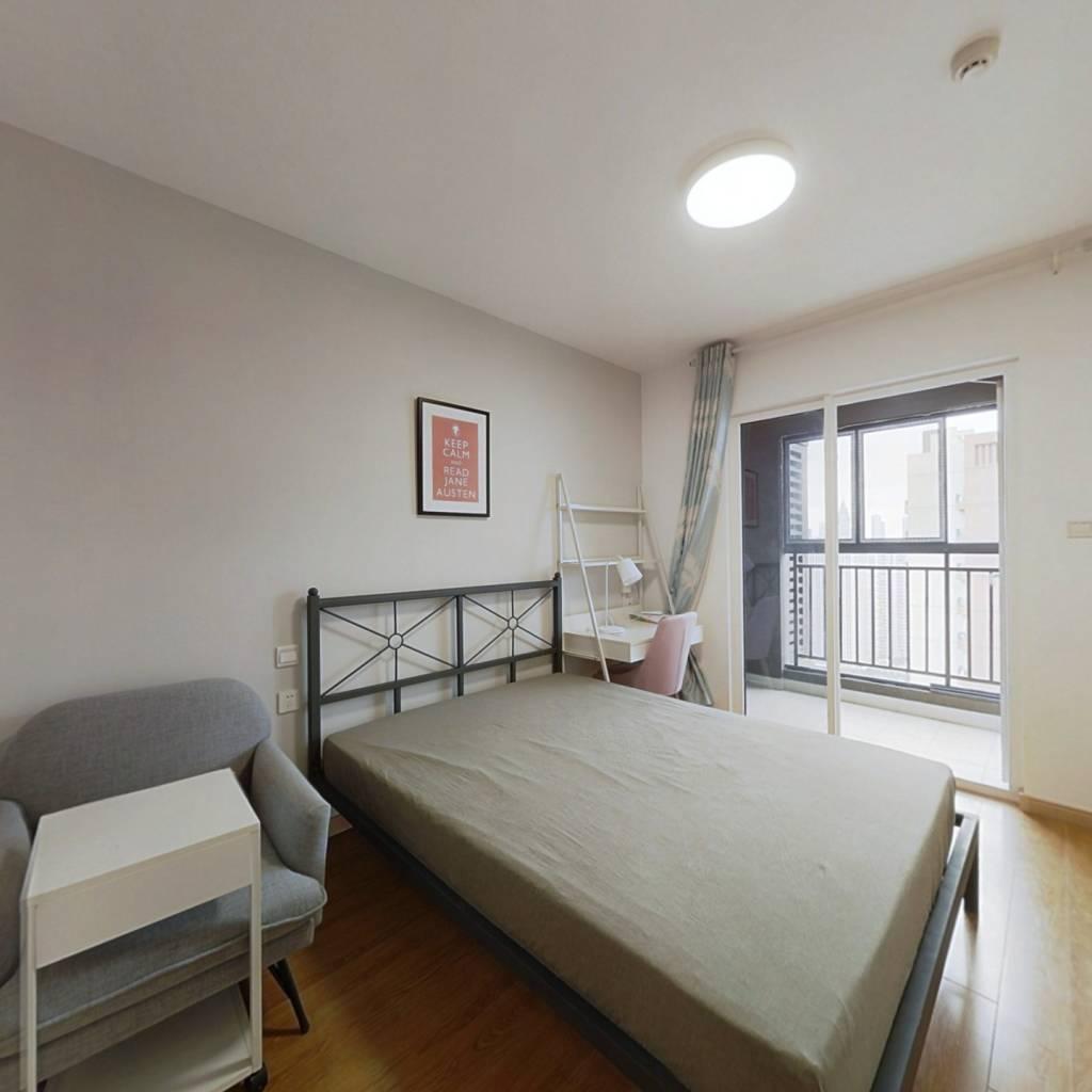合租·万科汉口传奇悦庭 4室1厅 南卧室图