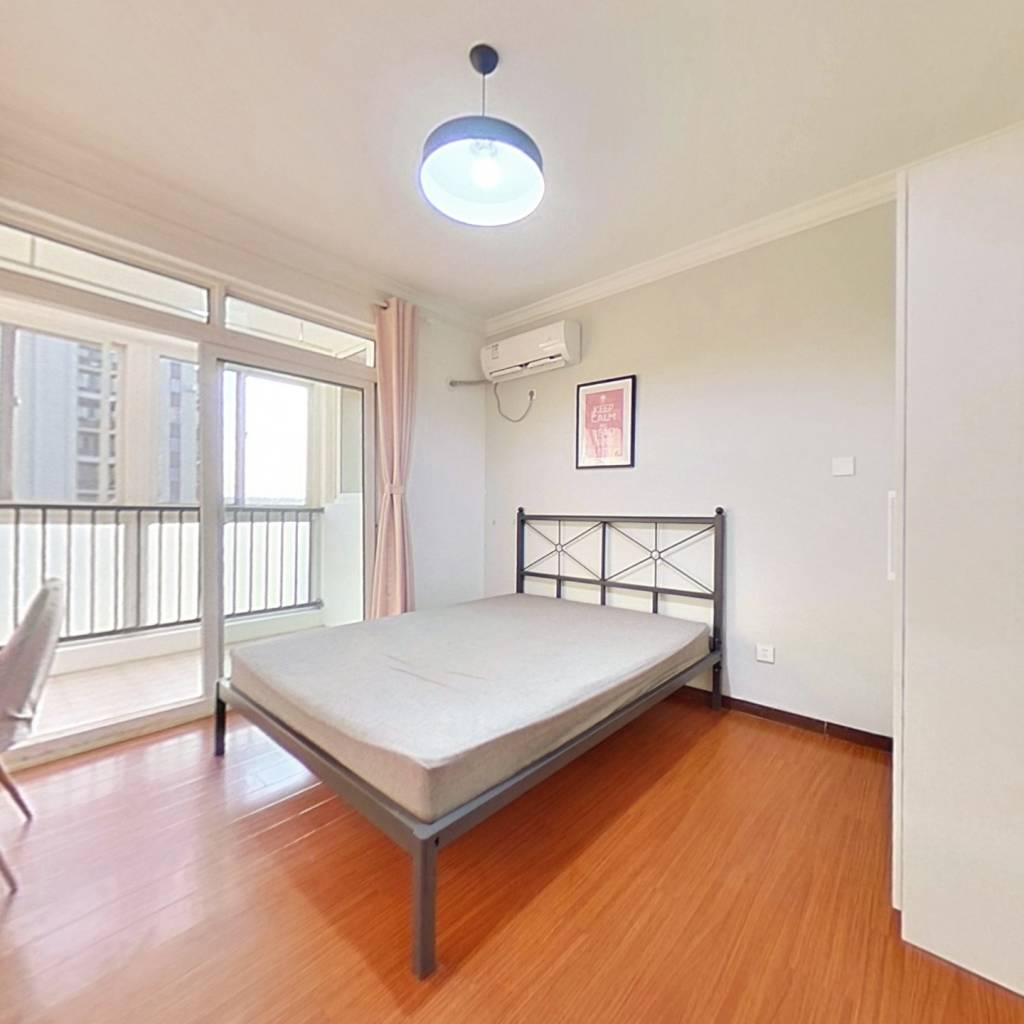 合租·绿地新江桥城二期 3室1厅 南卧室图
