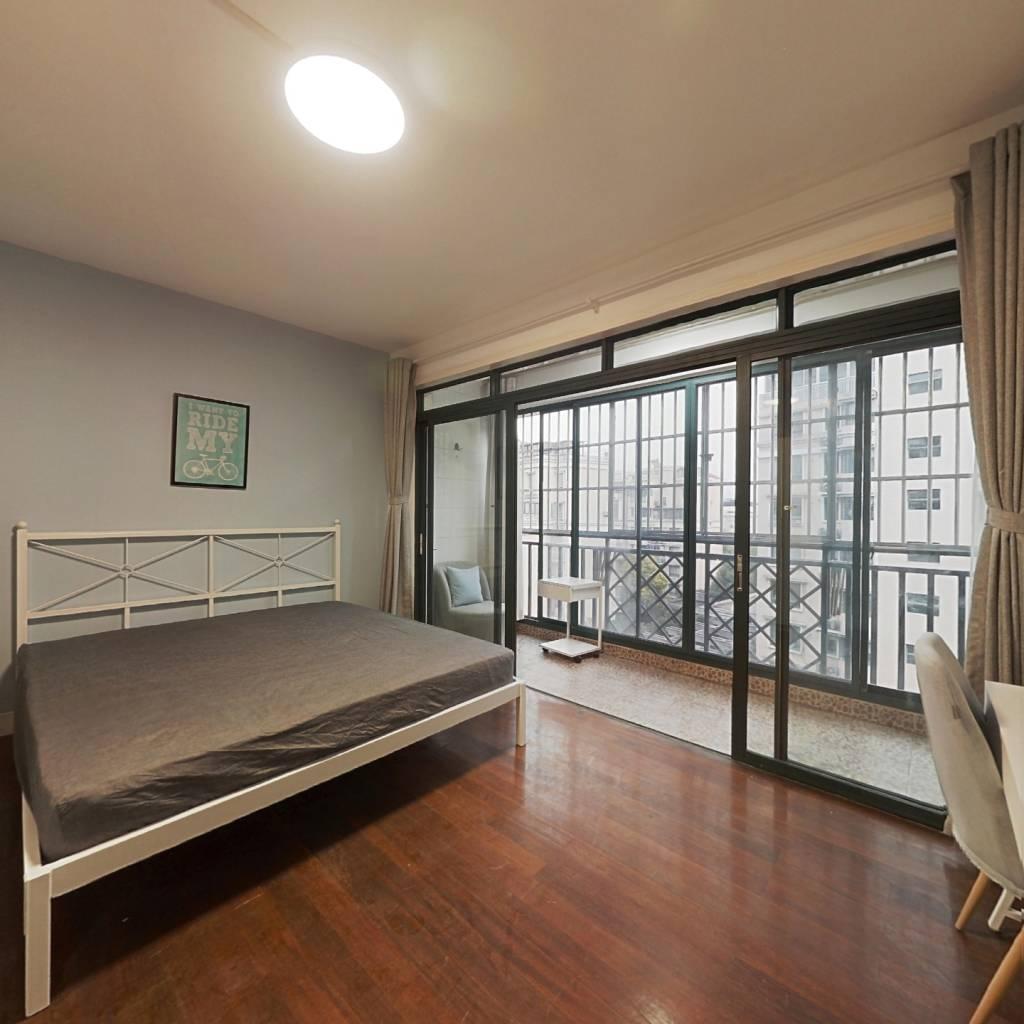合租·莱茵半岛 4室1厅 南卧室图