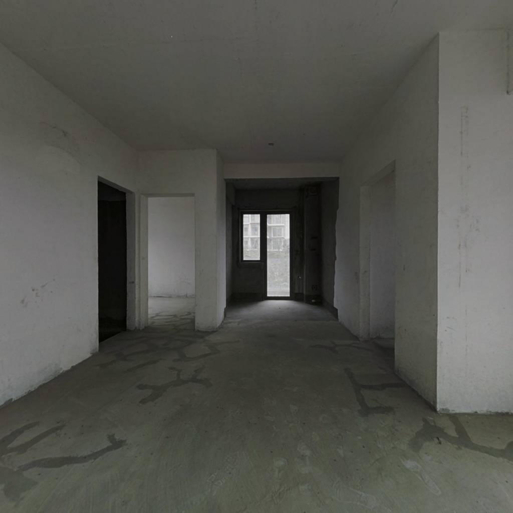 花都颐和山庄 电梯房 买个舒适 买个环境