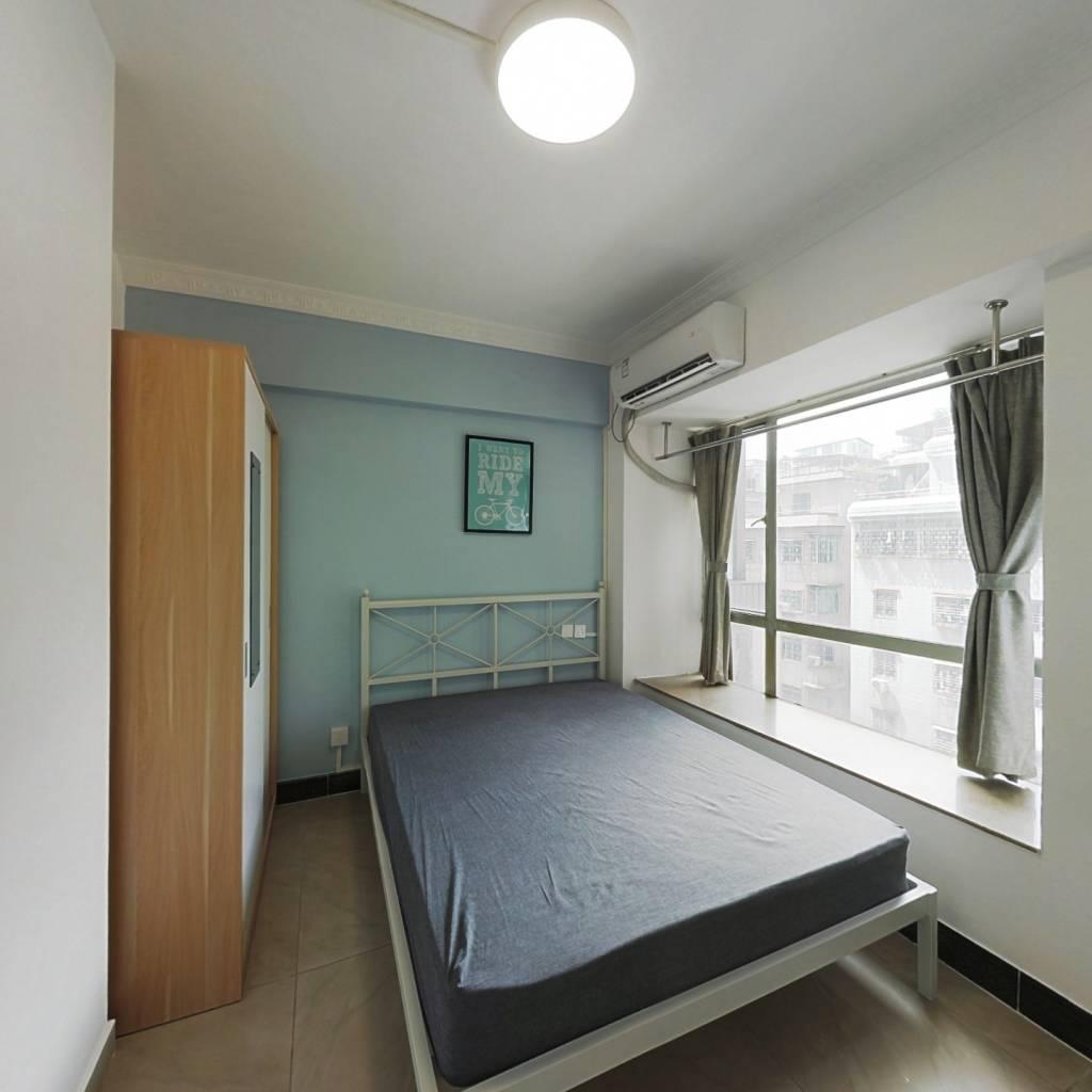 合租·汇侨新城北区 3室1厅 北卧室图
