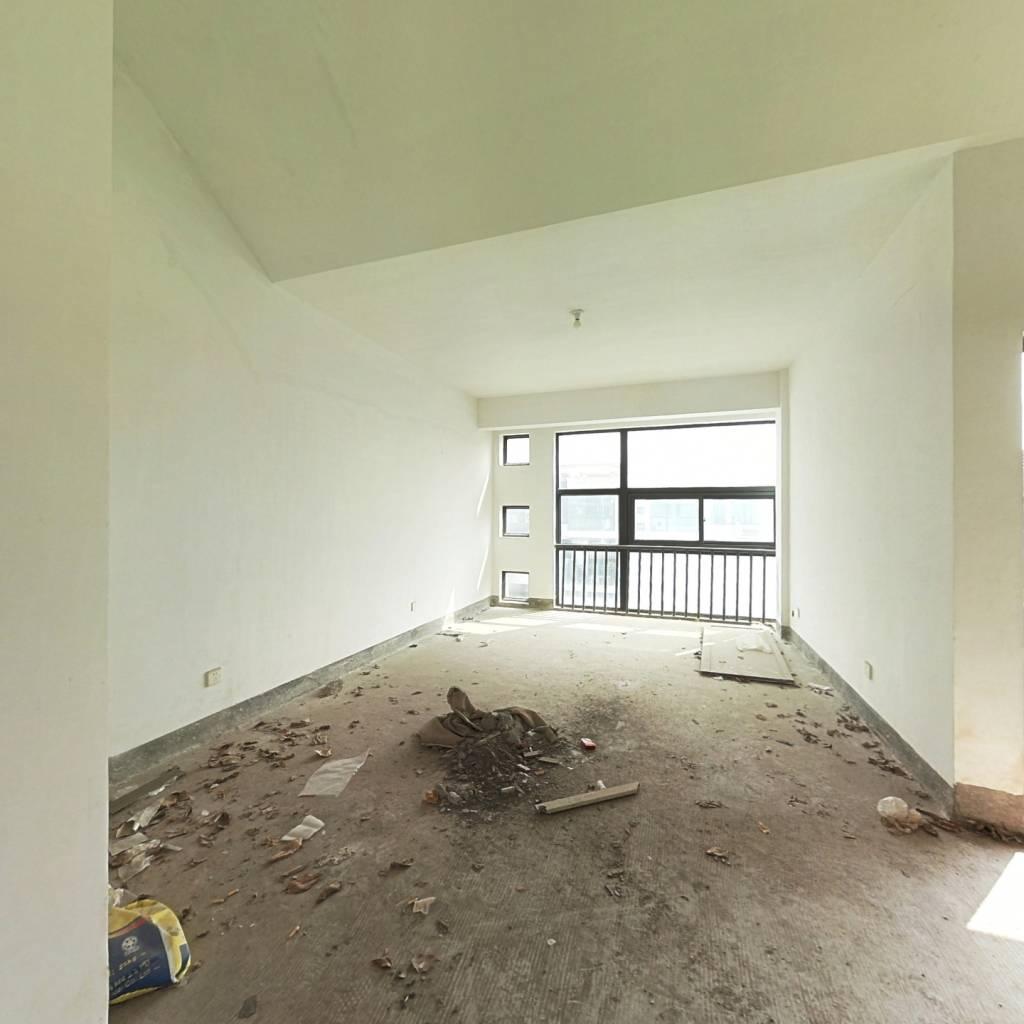 锦绣祥安花园洋房,实用145平带露台,位于中庭安静