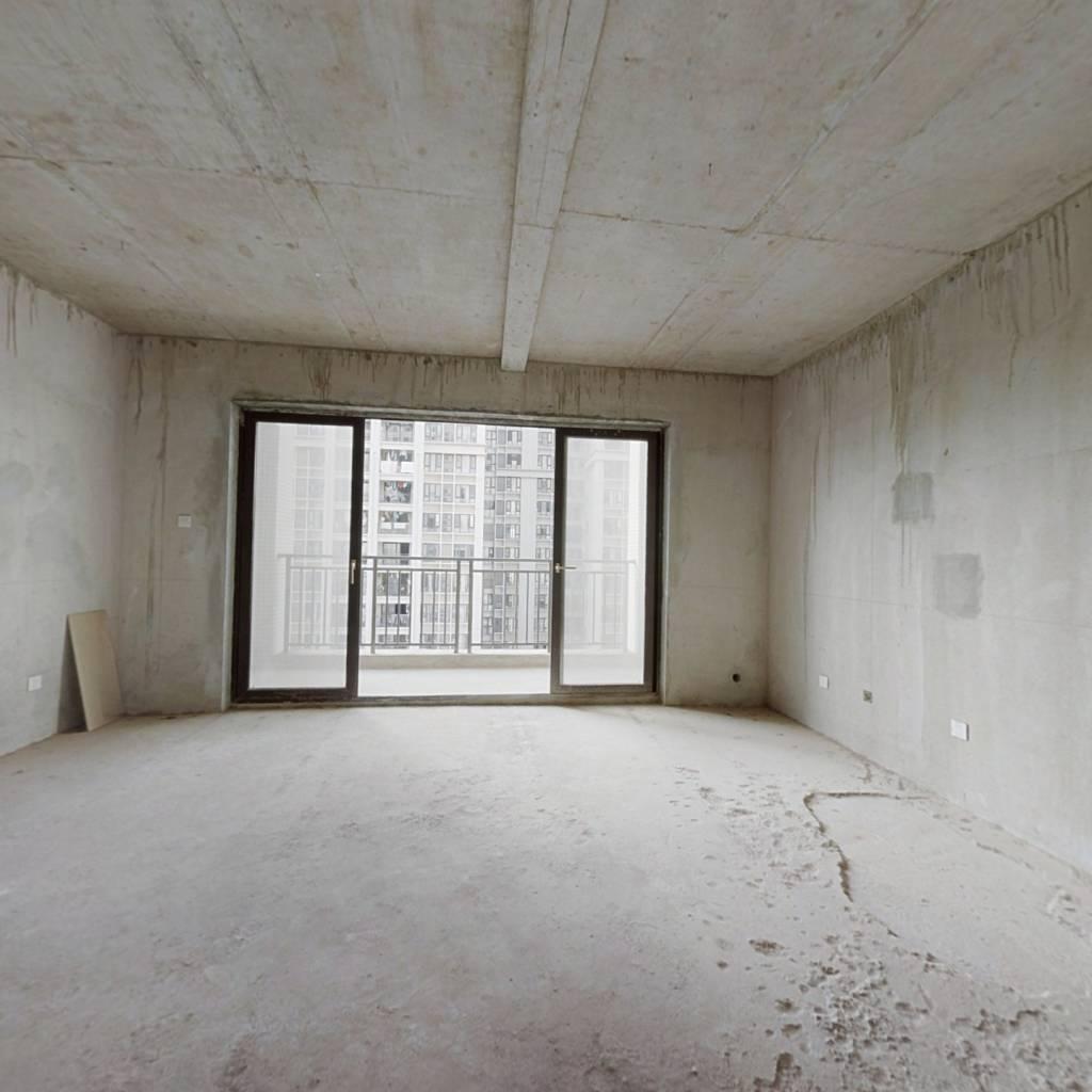稀有楼中楼,视野广阔,使用面积高达300多㎡