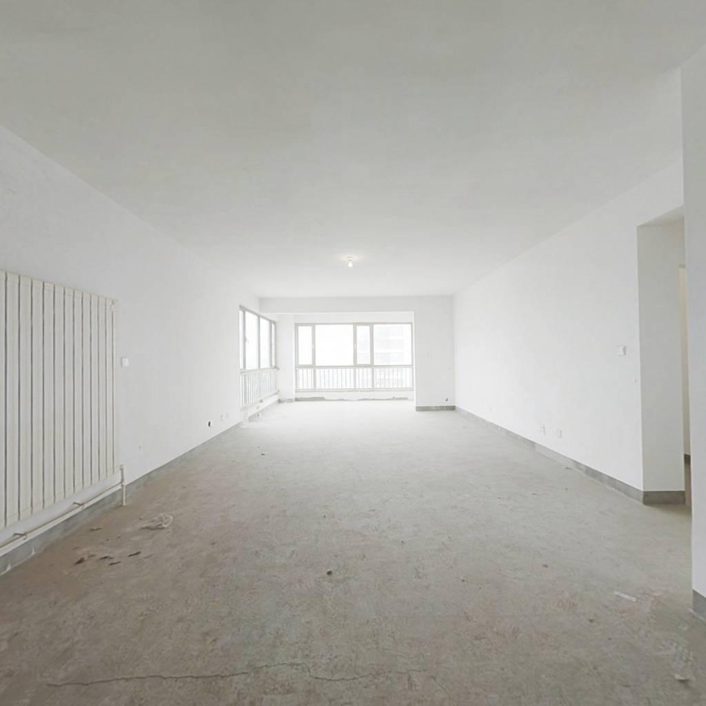 华府东排海景房在售少有毛坯 好楼栋好楼层
