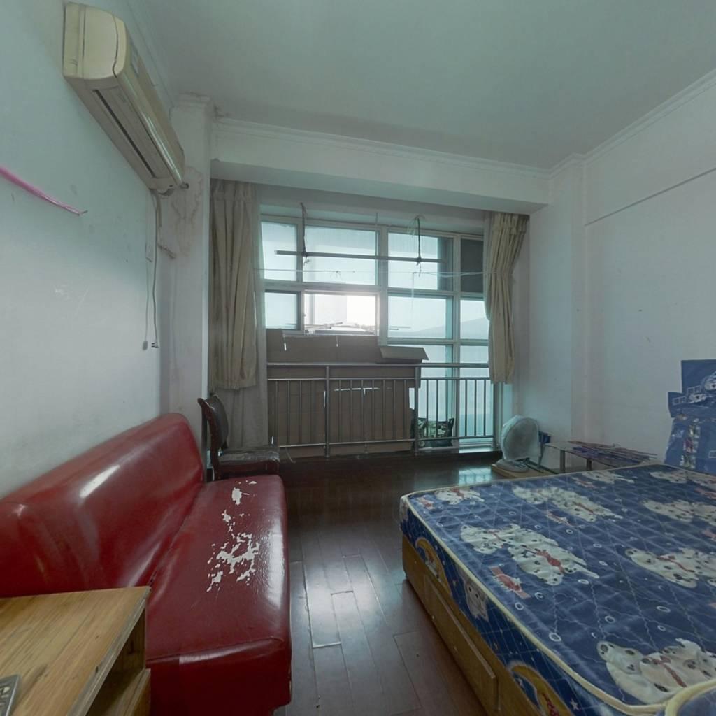 天龙公寓 1室1厅 东 南