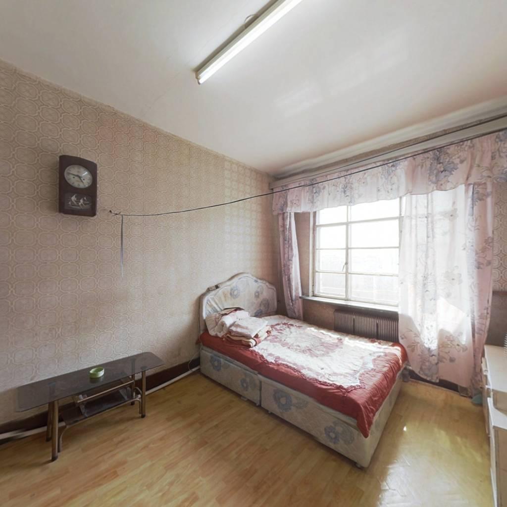 经典一室户型,顶楼价格可议,速来围观