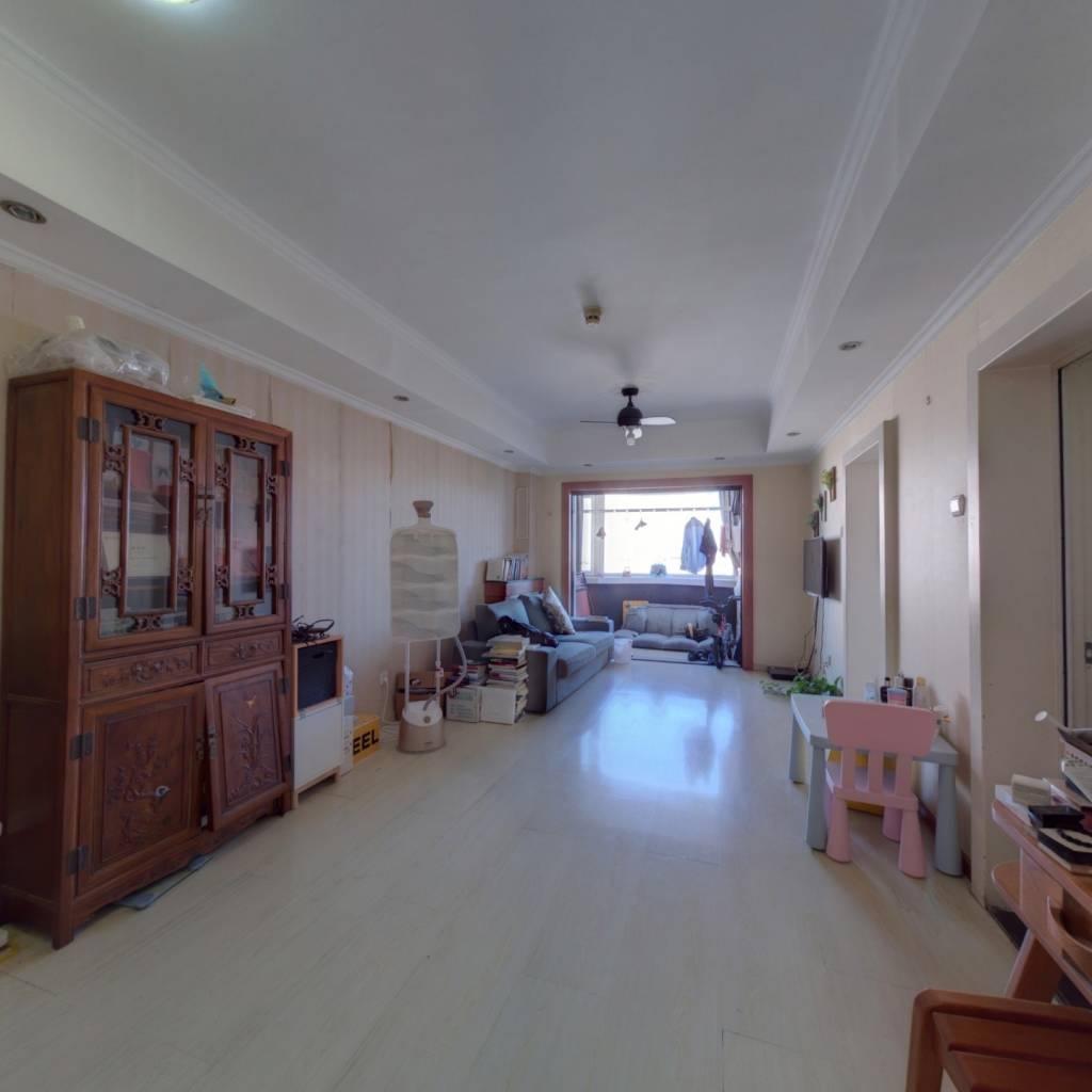 国际友谊花园经典一居室,高层视野,看房子方便