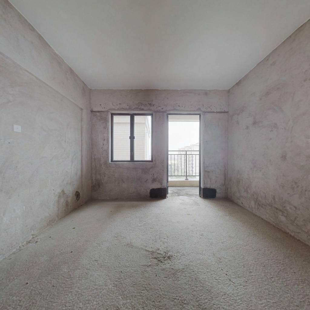 利泰花林湖畔 3室2厅 南 东南