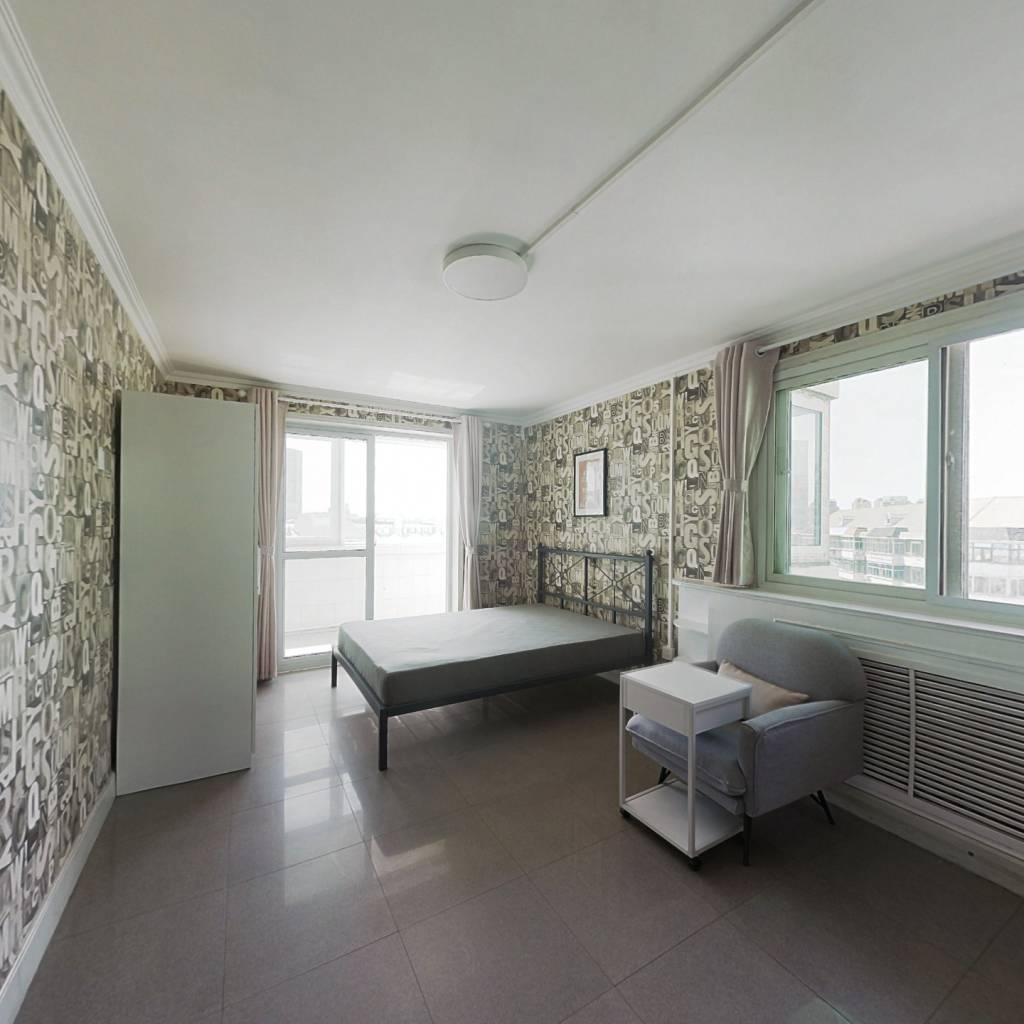 合租·馨名园 5室1厅 西北卧室图