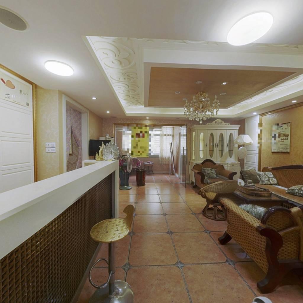 凯福新景苑 5室1厅 东 南 北