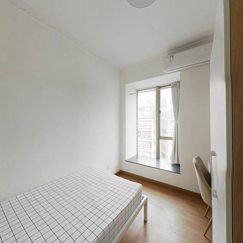 合租·南景园 3室1厅 西北卧室图