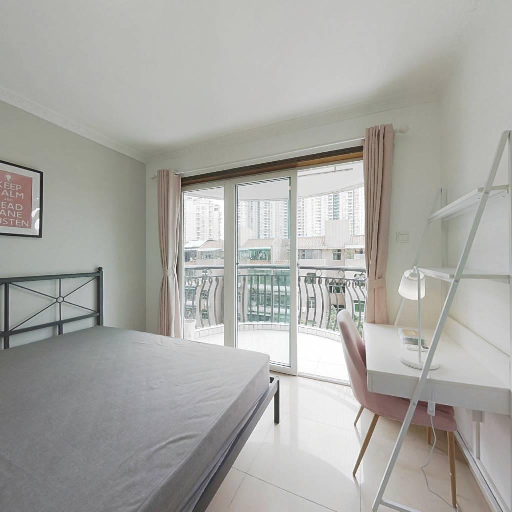 合租·侨城豪苑二期 3室1厅 南卧室图