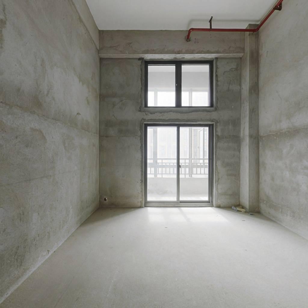 鼓楼西,地铁口,温泉度假公寓,买一层得两层