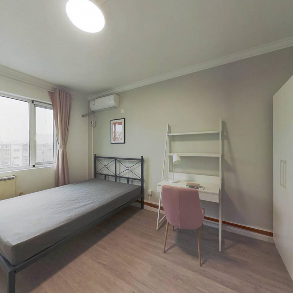 合租·宜宾东里 2室1厅 南卧室图