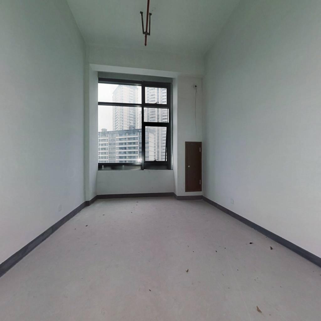 龙湖公寓   可出租    配套齐全