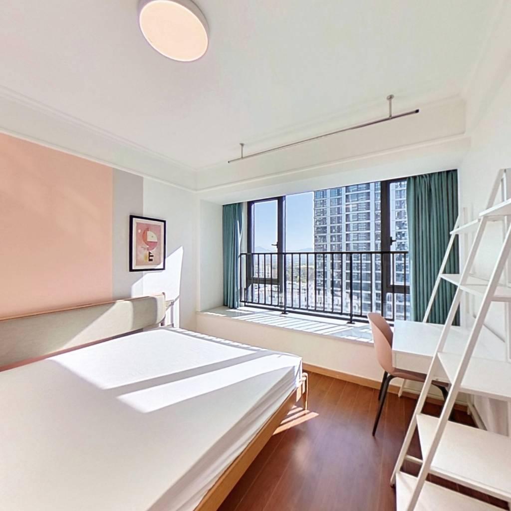 合租·中南樾府 5室1厅 北卧室图
