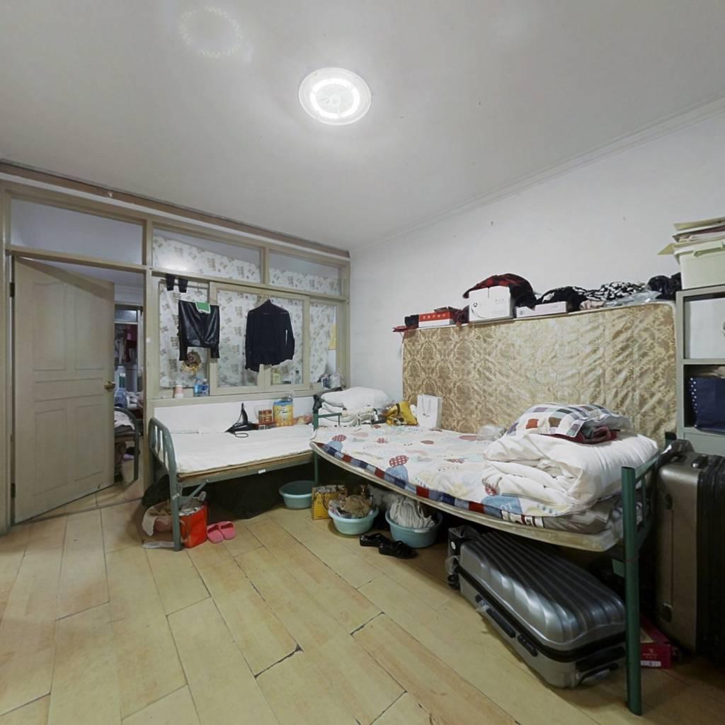 晾果厂3号院 3室1厅 859万