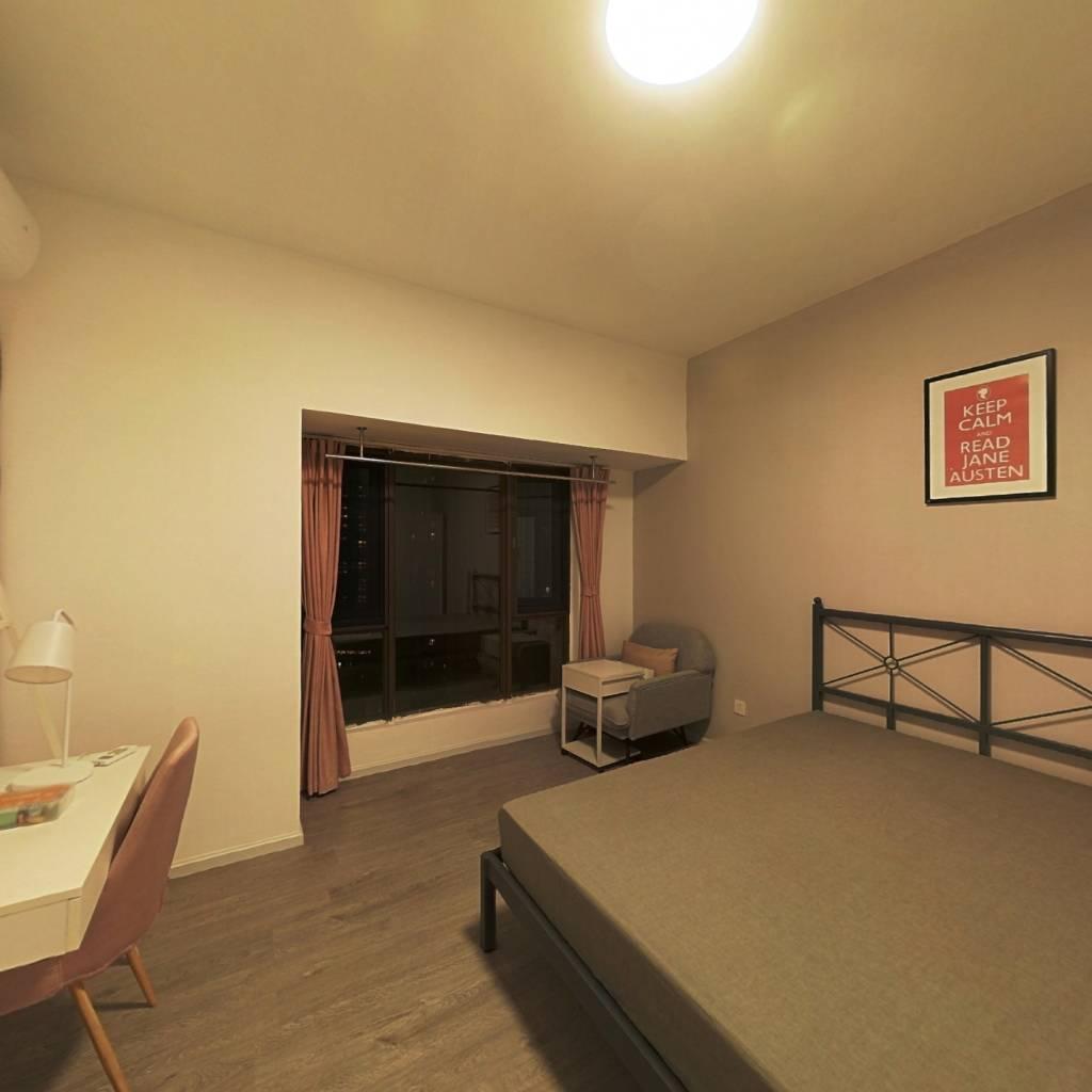 合租·华润二十四城二期 4室1厅 东卧室图