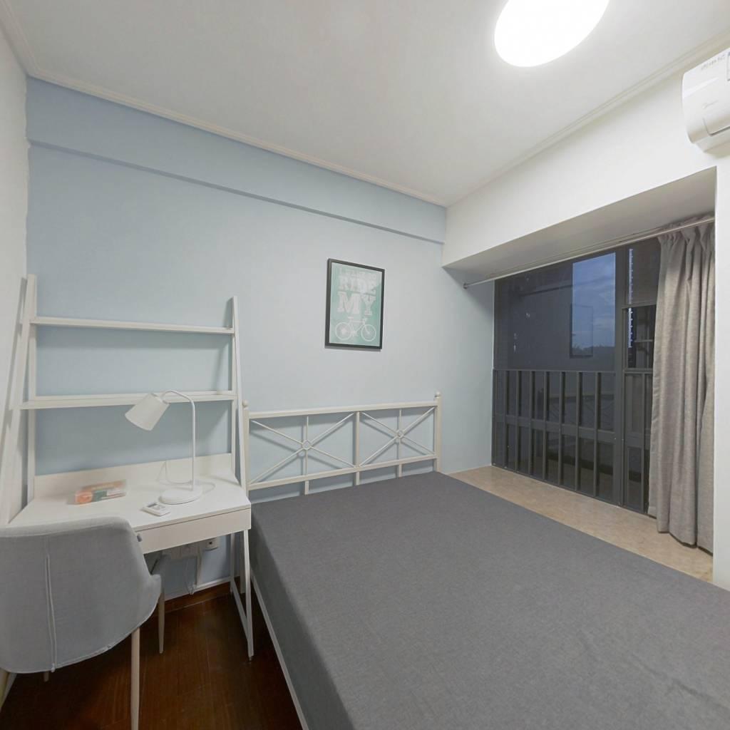 合租·保利西海岸星海花园 4室1厅 北卧室图