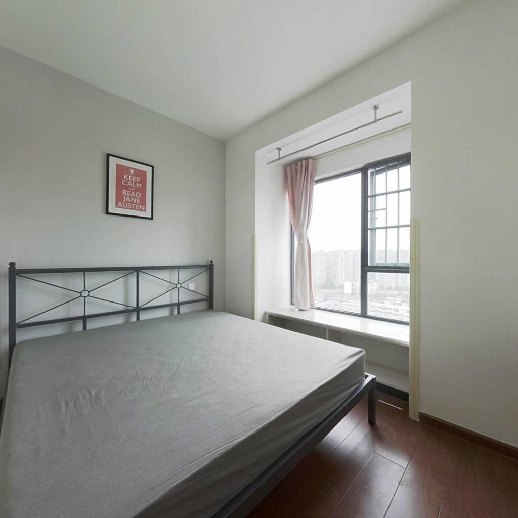合租·汇融名城A区 4室1厅 西卧室图