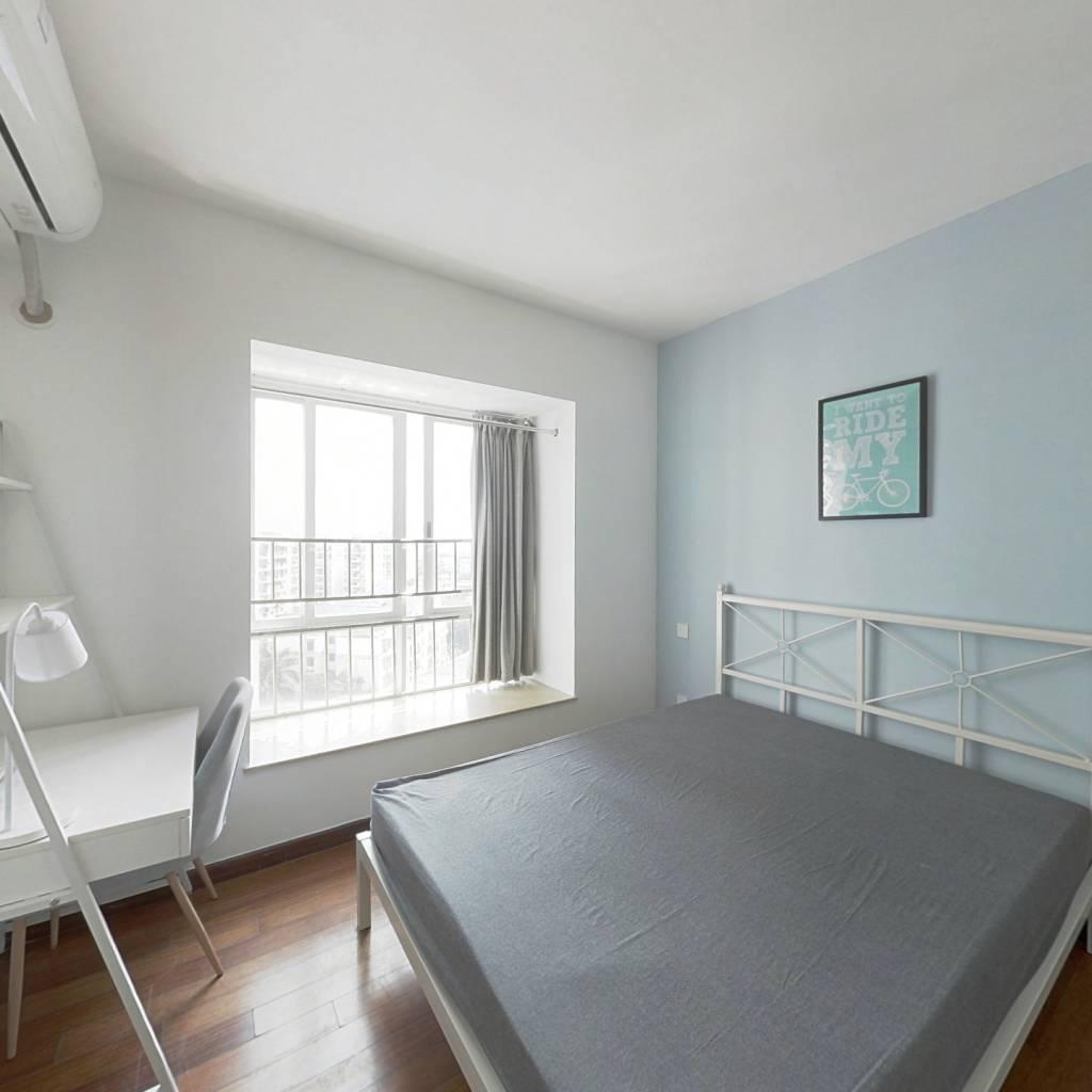合租·保利花园 3室1厅 南卧室图