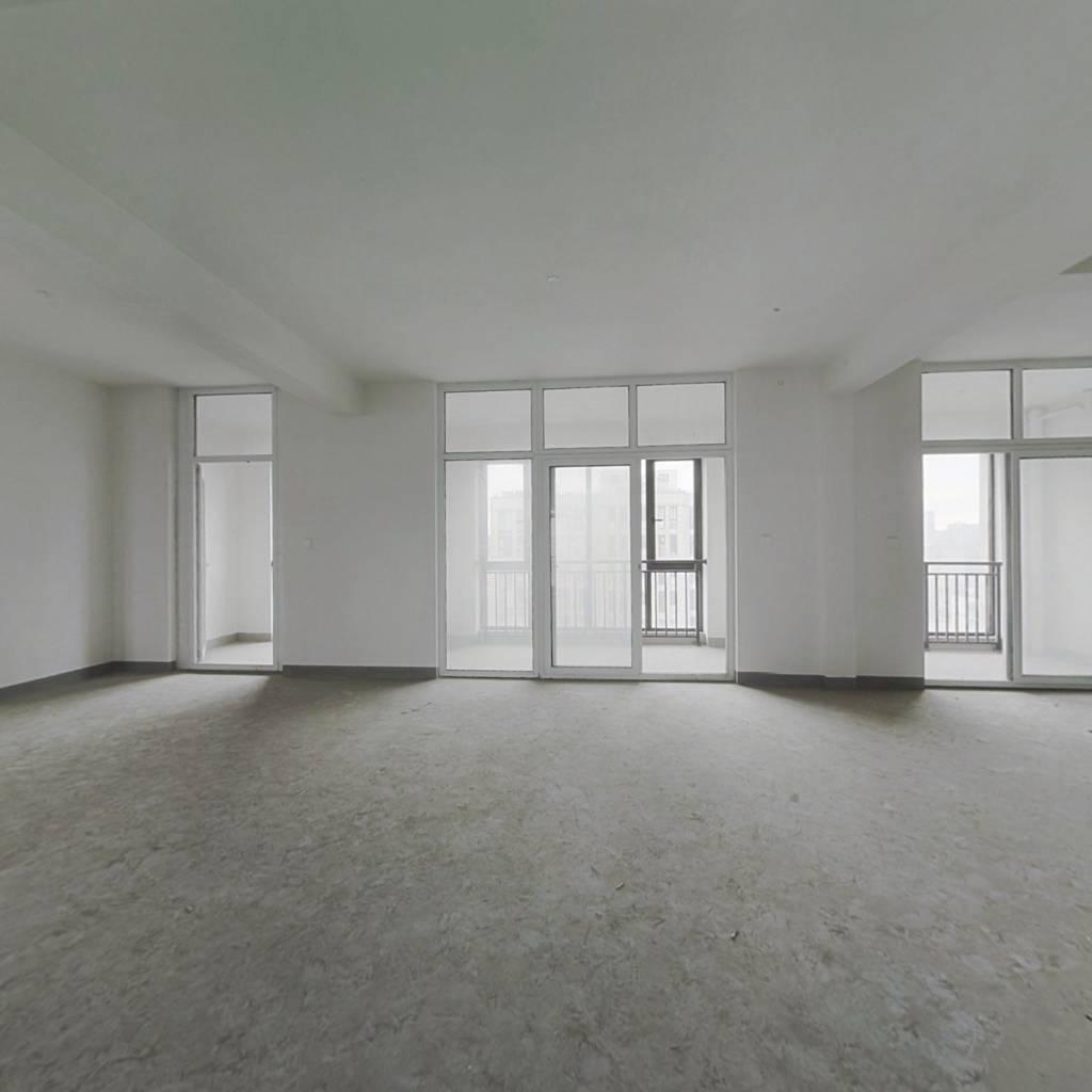 白坯可根据自己喜欢风格装修采光无限好无遮挡大四房